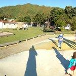 Le fameux jumping pillow et le parc pour enfants