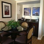 DoubleTree, Washington DC, room, wet bar area