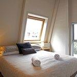 Master bedroom - 12 share Premier apartment