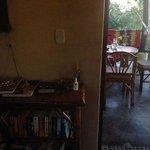 Librero y comedor