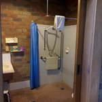 wet room /bathroomsuited for wheelchair/elderly access