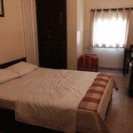 Rm 201 queen bed