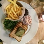 Burger and fries (gluten free bread) with the very tasty winter coleslaw