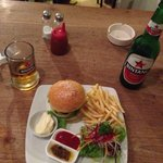 Burger and Beer ��