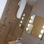 Bathroom room 416