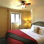 Suite 113- King Suite