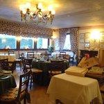 Breakfast / dining room 2