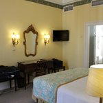Bedroom in junior suite 601
