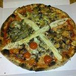 Pizza X .... buonissima !!!