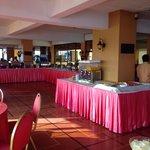 Breakfast area 1