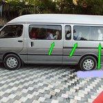 Mit solchen Bussen werden Kleinreisegruppen 6 Stunden von Mandalay nach Kalaw  transportiert.