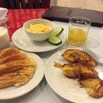 Yummy free breakfast!
