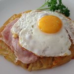 Roesti with ham and egg