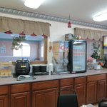 Scottsbluff Super 8 - breakfast room