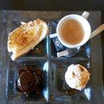 Le café gourmand du restaurant le sanxo panxa a Saleilles.