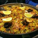 Paella de marisco para 4