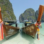 Phi Phi Island, on ehour by speedboat