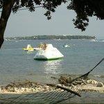 айсберг на пляже