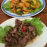 Fried fish with coconut, Fried beef with ginger