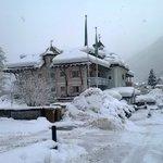 Vista Hotel sotto la neve