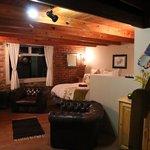 Wohnbereich und Schlafzimmer