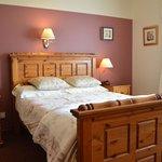Double en-suite bedroom ground-floor. White Park BB