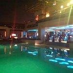 Luna bar et piscine