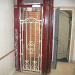Montpensier elevator
