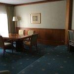 Dubai suite dining area