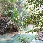Een hele klim, maar wat een natuur bij de Erawan watervallen.