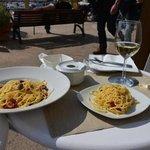 Spaghetti mit Dörrtomaten und Kapern aus Sizilien