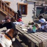 Ferme du Mont Thabor : lieu d'arrivée de la sortie raquette du lundi - dégustation vin-fromage-s