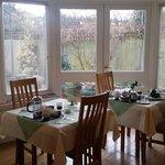 lovely dinning room2