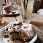 New York apple crumb cake with homemade ice cream and lemonade