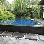 Swimming pool 3 bedroom villa