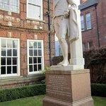Wilberforce Statue
