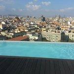 Vue du 11e étage avec la piscine