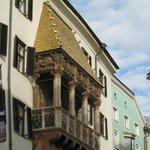 balcone dorato
