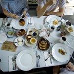 Full hacienda breakfast included