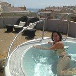 solarium y spa en la terraza del hotel