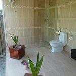 Salle de douches  et wc en exterieur