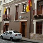 Fachada Casa Sucre