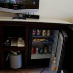 room 3302: minibar, everything included
