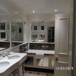 sloane bathroom