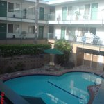 Rooms on pool side