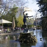 Fountain and cafe, Rocher des Doms