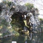 Grotto, Rocher des Domes