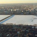 Charles River congelado