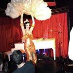 Aurora Natrix burlesque performer
