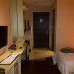 bedroom's door